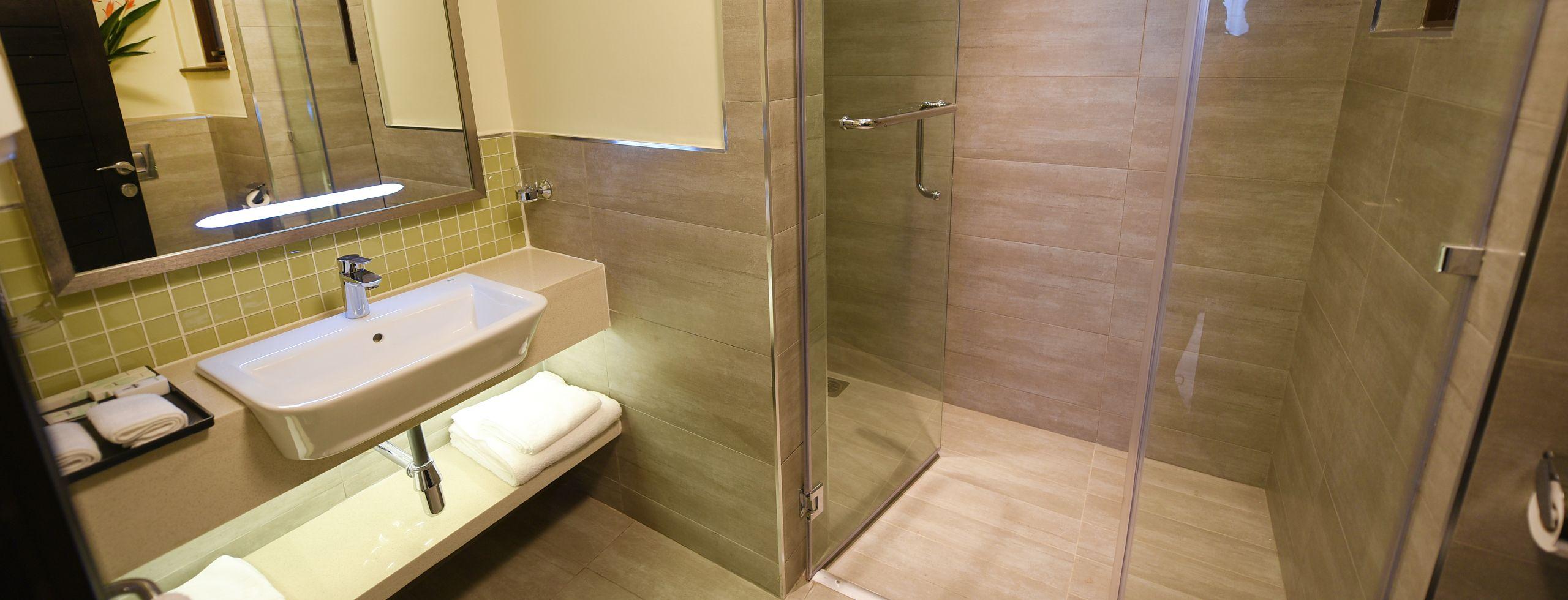 Accommodation 2 bed 5 bathroom