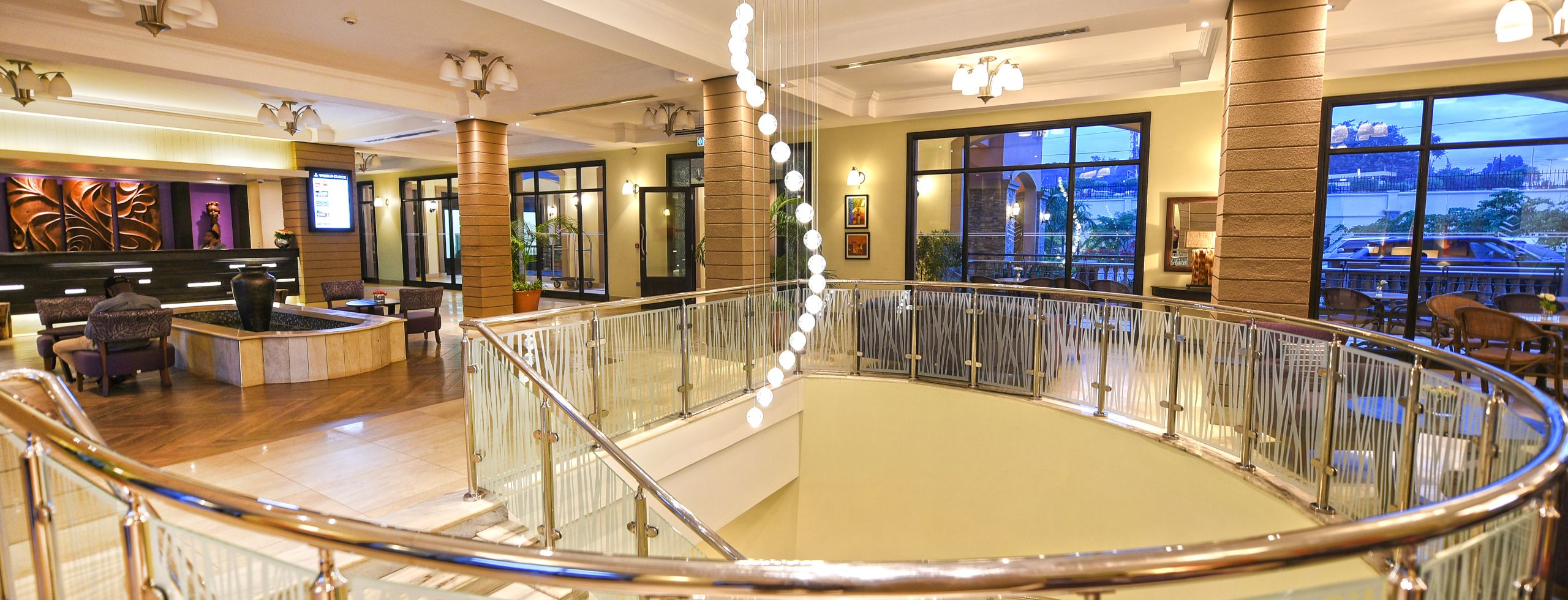 Homepage: Staircase in reception